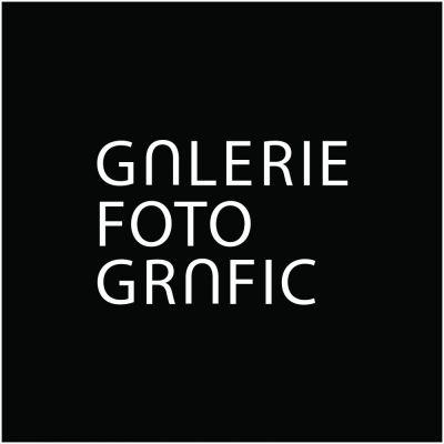 Galerie FotoGrafic logo inv.jpg